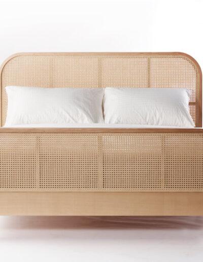 BD301 Cane Bed-01