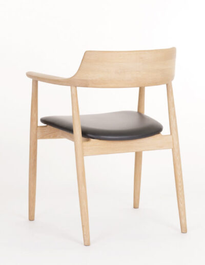 CH101 Scoop Chair