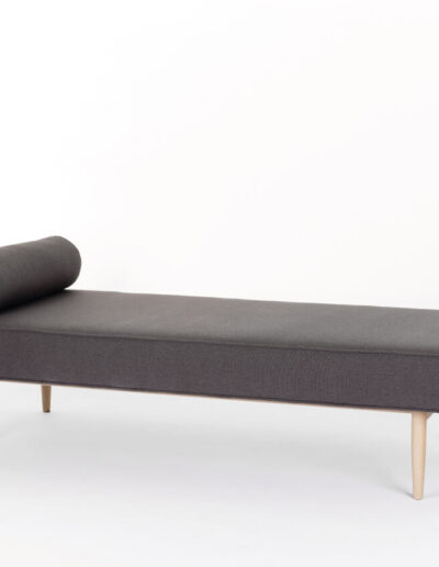 DB101 Forest Daybed
