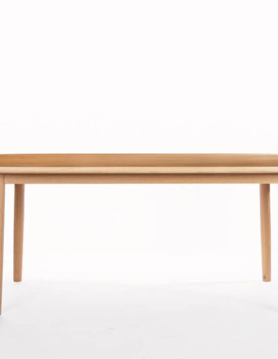 DT111 Cosmos Oval Table