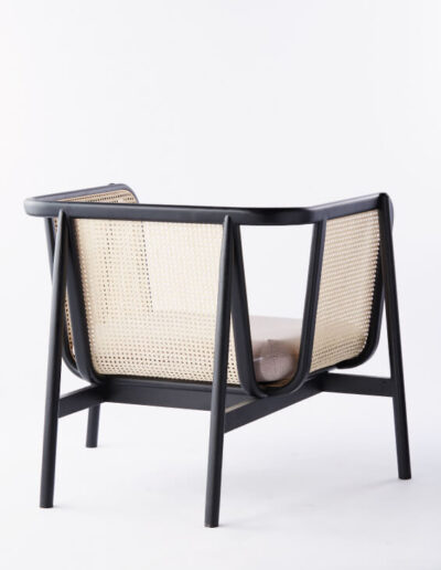 LC302 Cane Lounge Chair-02